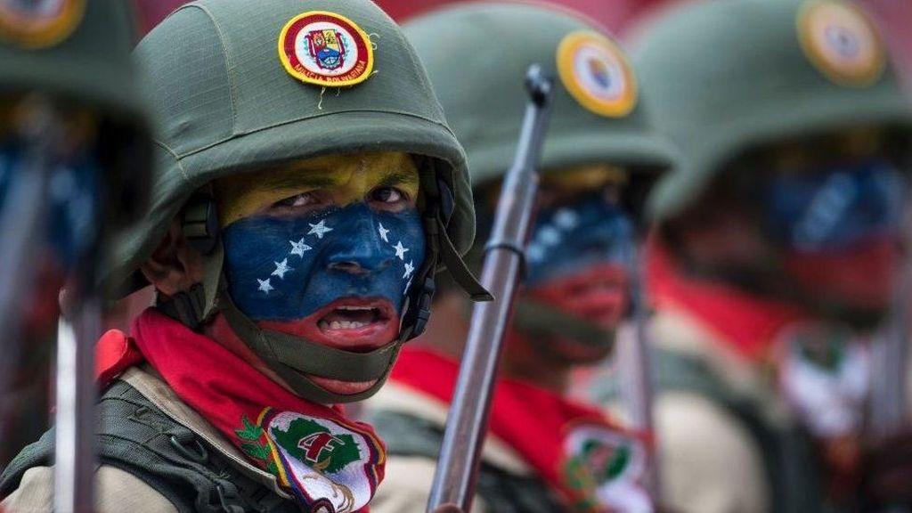 Mampukah Militer Venezuela Tangkal Serangan AS Untuk Lengserkan Maduro?
