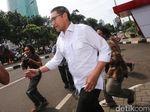 Anggota DPR dari F-PAN Terbirit-birit Tinggalkan Gedung KPK