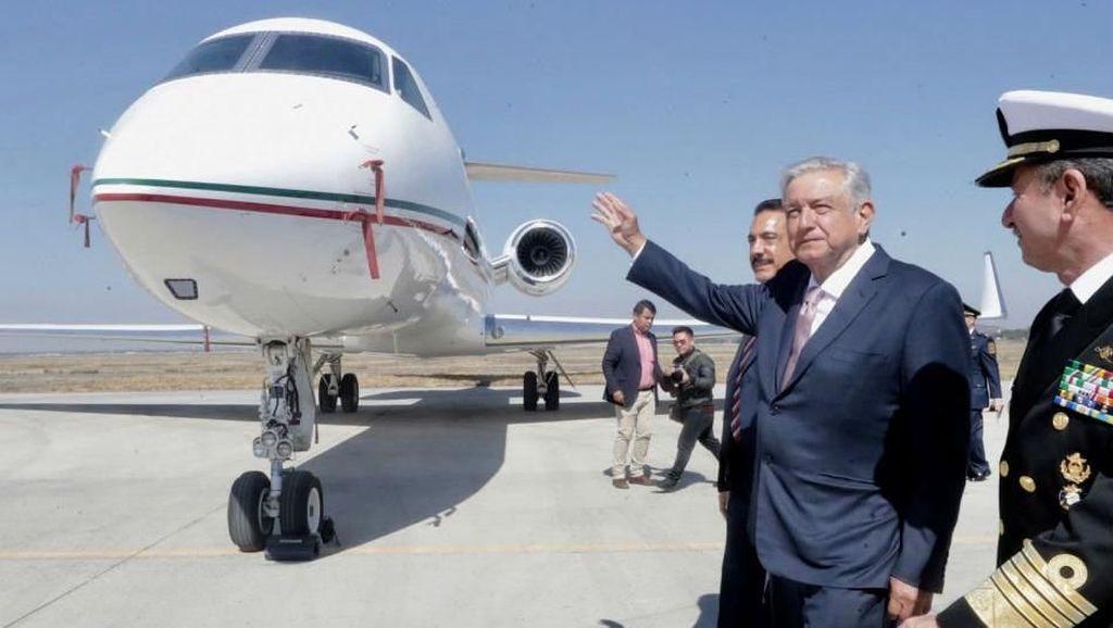 Mirip Jokowi, Presiden Meksiko Naik Pesawat Kelas Ekonomi