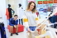 Temani Kekasih Belanja, Pria Cuma Bisa Tahan 26 Menit