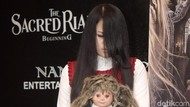 The Sacread Riana: Beginning: Horor Fantasi Perjalanan Karier Riana