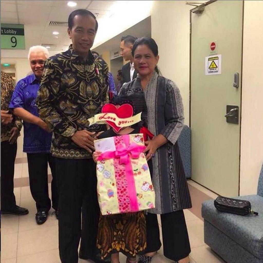 Jokowi Janji Ajak Lihat Rusa di Istana Bogor, Anak Denada Lompat Kegirangan
