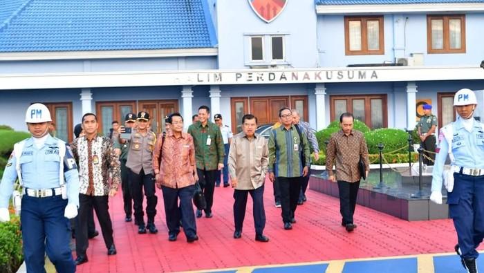 JK bertolak ke Padang hadiri rakernas APPSI (Foto: Dok. Tim Media Wapres)