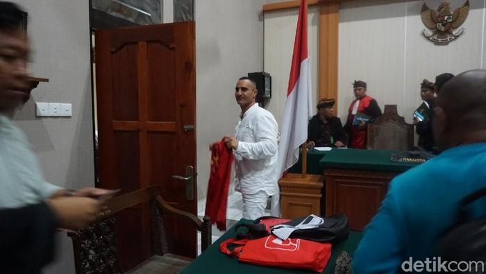 Foto: WN Australia Kalache disidang di PN Denpasar (Dita-detikcom)