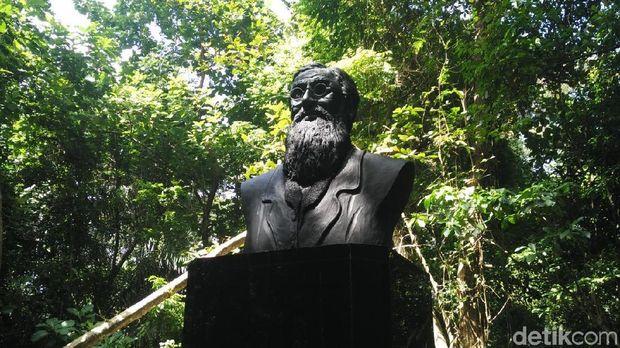 Ini adalah patung Alfred pertama di luar Inggris (Wahyu/detikTravel)