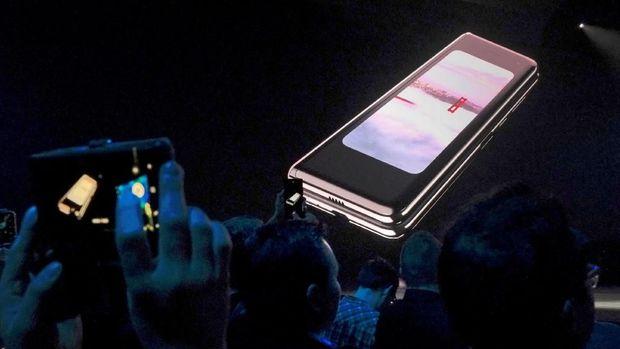 Penundaan Peluncuran Galaxy Fold Bisa Rusak Reputasi Samsung
