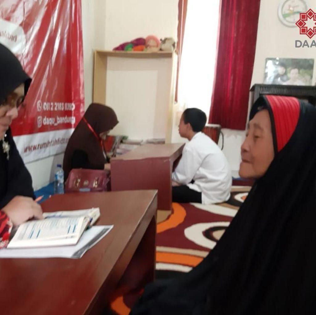 Salut! Nenek 81 Tahun Ikut Ujian Tahfiz Alquran
