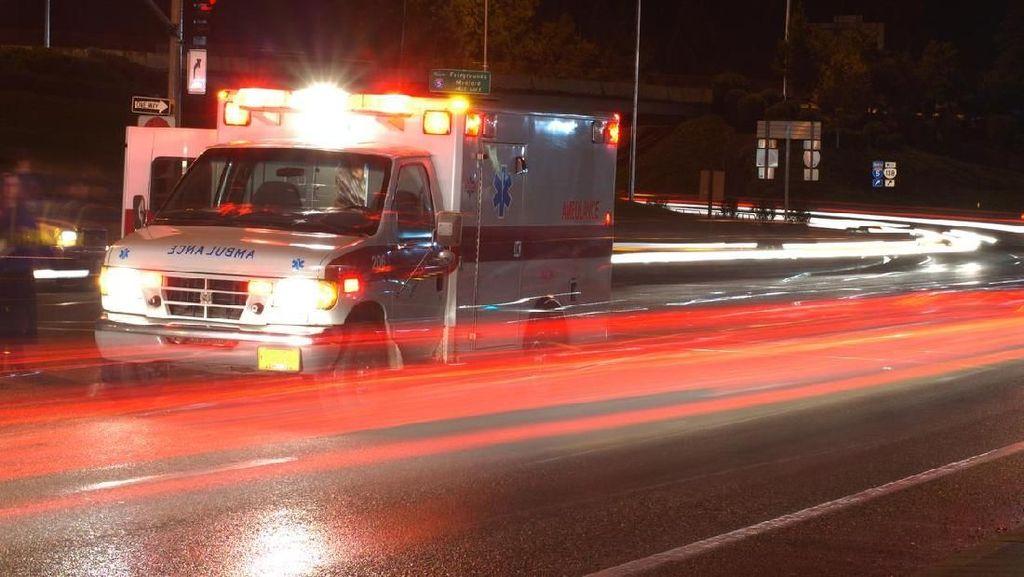 Viral Sopir Ambulans dan Pemotor Cekcok di Sawangan Depok, Polisi Cek TKP