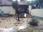 Banjir Bandang Terjang Kudus, Satu Bangunan Jebol