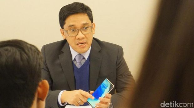 Denny Galant, Head of Product Marketing Samsung Mobile, Samsung Electronics Indonesia