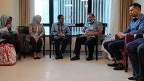 Jenguk Ani Yudhoyono, Sandiaga: Beliau Inspirasi Kita Bersama