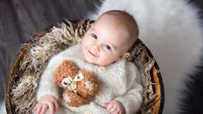 30 Nama Bayi Laki-laki Bermakna Saleh
