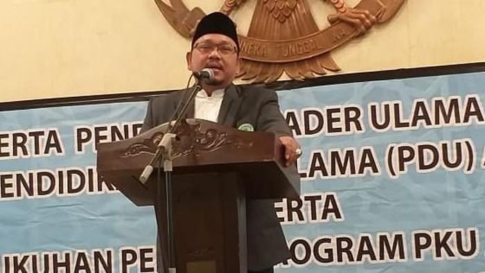 Ketua MUI DKI Jakarta KH Munahar Muchtar