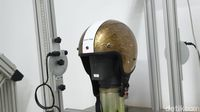 Proses pembuatan/pengujian helm SNI