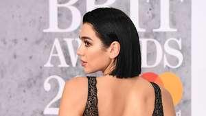Seksian Mana, Camila Cabello dan Tori Kelly di Grammy 2019