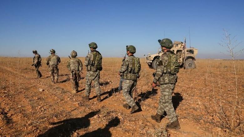AS Tempatkan 200 Penjaga Perdamaian Setelah Tarik Pasukan dari Suriah