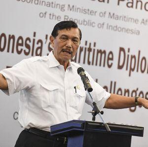 Cerita Luhut Rayu Jokowi Cabut Subsidi buat Bangun Infrastruktur