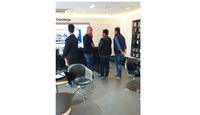 Bos Xiaomi Kepergok 'Inspeksi' Toko Samsung