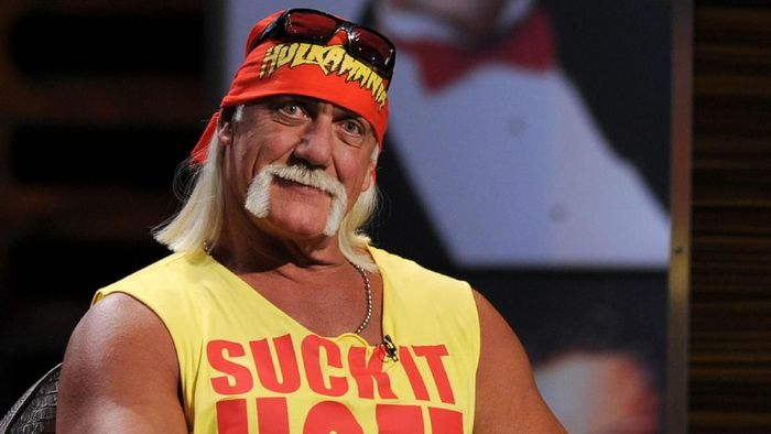 CULVER CITY, CA - AUGUST 01:  Wrestler Hulk Hogan speaks onstage at the Comedy Central Roast Of David Hasselhoff held at Sony Pictures Studios on August 1, 2010 in Culver City, California. The