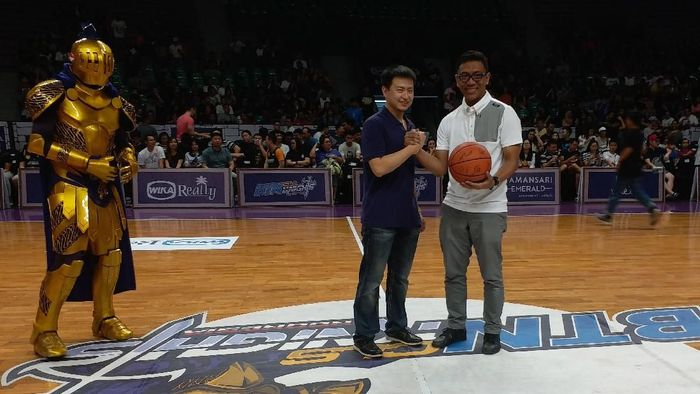 CLS Knights menerima sponsor gres PT WIKA Realty (dok.CLS Knights)