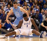 Saham Nike Anjlok Gara-gara Sepatu Superstar Basket Rusak