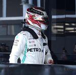 Hamilton: Ferrari Terlihat Sangat Kuat