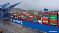 Kontainer Nyangkut di Pelabuhan, Pengiriman Barang Ambyar