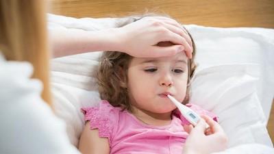Anak Sering Batuk Pilek, Waspada Infeksi Telinga Tengah