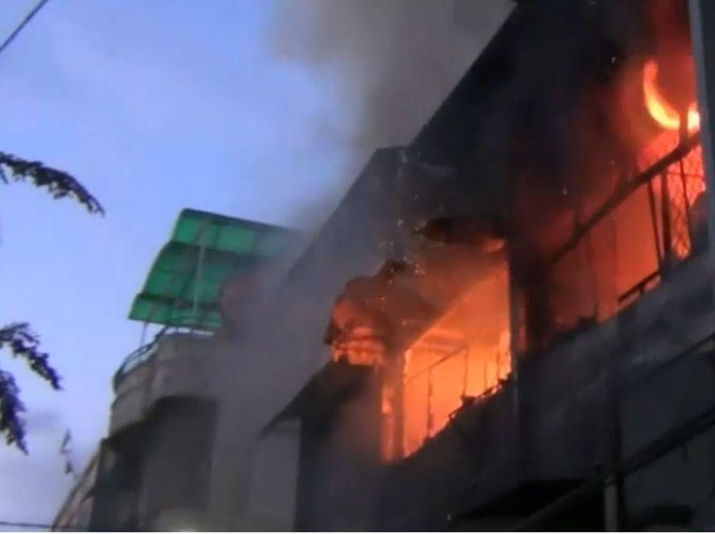 Kebakaran Wihara Teluk Gong Jakarta Tewaskan 2 Orang