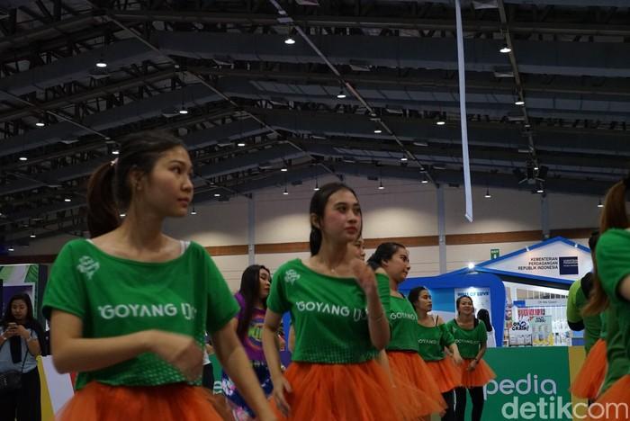 Di sela-sela bertugas, mereka menyempatkan diri mengikuti sesi olahraga yang merupakan bagian dari rangkaian ekspo. (Foto: Ayunda/detikHealth)