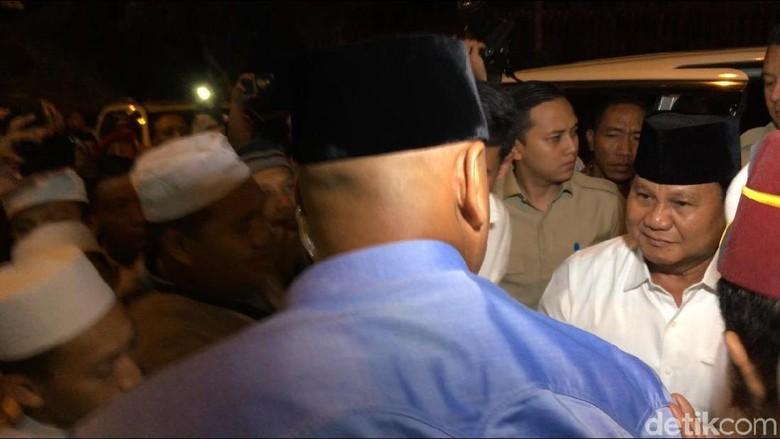 Kunjungi PP Riyadlul Jannah Jatim, Prabowo Temui KH Mahfud