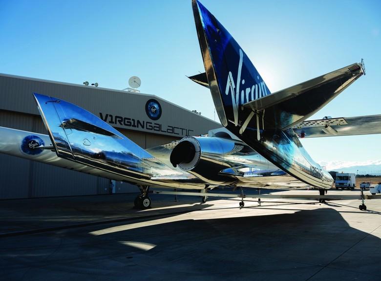 SpaceShip Two VSS Unity, pesawat ulang alik Virgin Galactic yang akan membawa para turis ke antariksa. Foto: Reuters