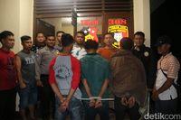 Para tersangka pelaku incest di Pekon Pangungrejo, Pringsewu, Lampung