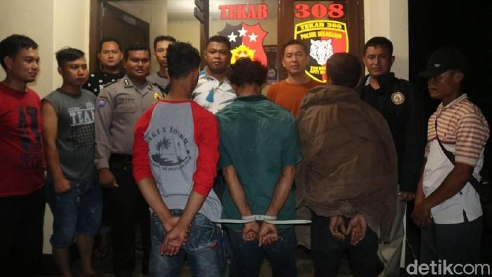 Foto: Para terduga pelaku incest di Pekon Pangungrejo, Pringsewu, Lampung (ist)