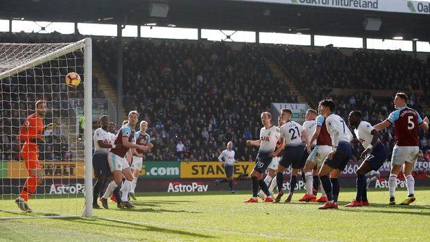Burnley berhasil mengalahkan Tottenham Hotspur dalam laga pekan ke-27.