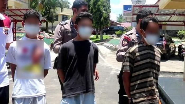 Pelaku incest di Lampung diringkus polisi. Foto: Dok. Polres Tanggamus