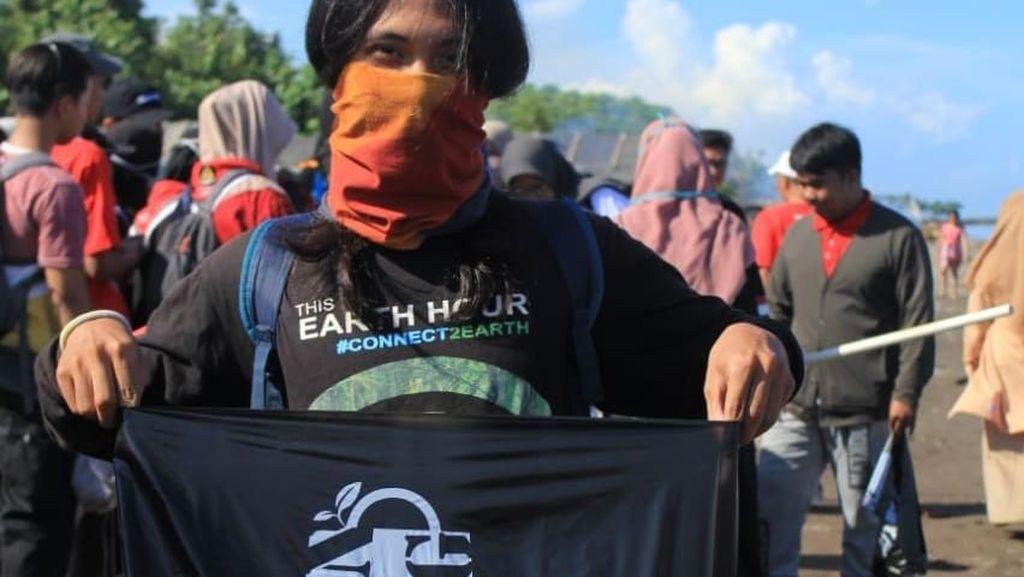 Hari Peduli Sampah Nasional, Remaja di Makassar Bersih-bersih Pantai