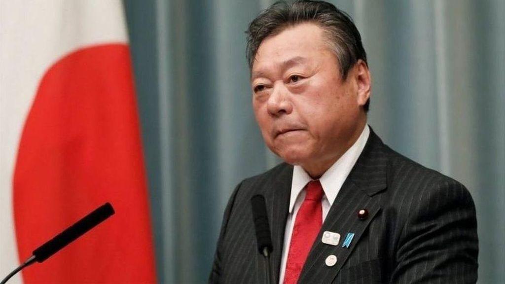 Terlambat 3 Menit, Menteri Jepang Minta Maaf dan Didesak Mundur