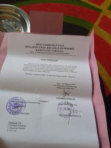 Surat penolakan kedatangan Sandiaga Uno di Desa Tabanan, Bali.