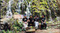 Wisata Ke Air Terjun Sikarim – Kec. Watumalang