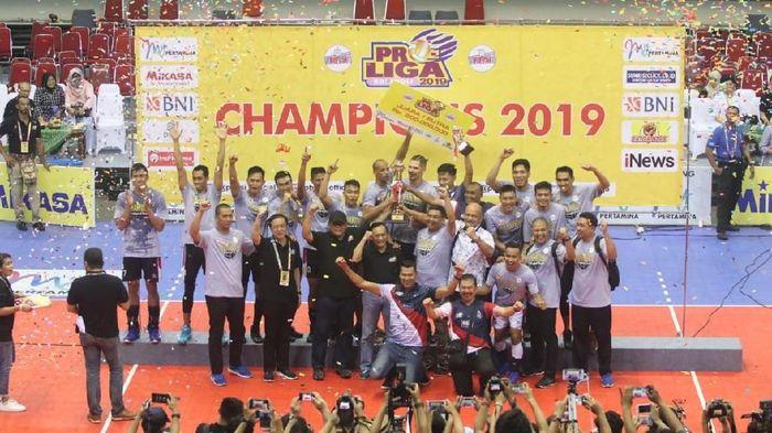 Surabaya Bhayangkara Samator juara Proliga 2019 usai mengalahkan Jakarta BNI 46 di Grand Final, Minggu (24/2/2019). (Foto: istimewa)