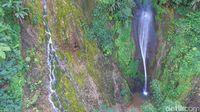 Air Terjun di Wonosobo yang Ajaib, Airnya Hangat dan Dingin