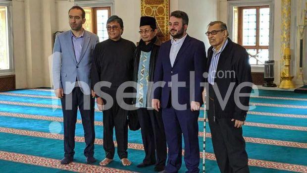 Quraish Shibab, ayah Reino Barack, Nassarudin Umar.