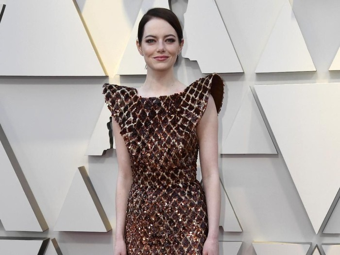 Penampilan Emma Stone di Oscars 2019. Foto: Frazer Harrison/Getty Images