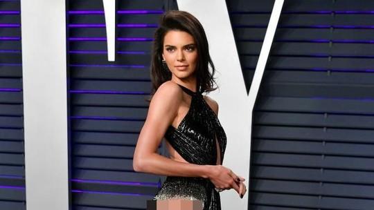 Kendall Jenner, Emma Roberts, Cinta Laura hingga Rita Ora