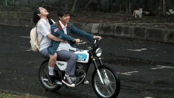 Sebelum Nonton, Lihat Foto-foto Film Dilan 1991 Dulu Yuk!