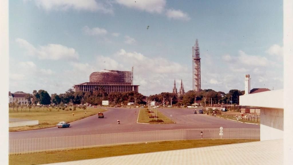 Persahabatan Sukarno-Roosseno dan Masjid Istiqlal