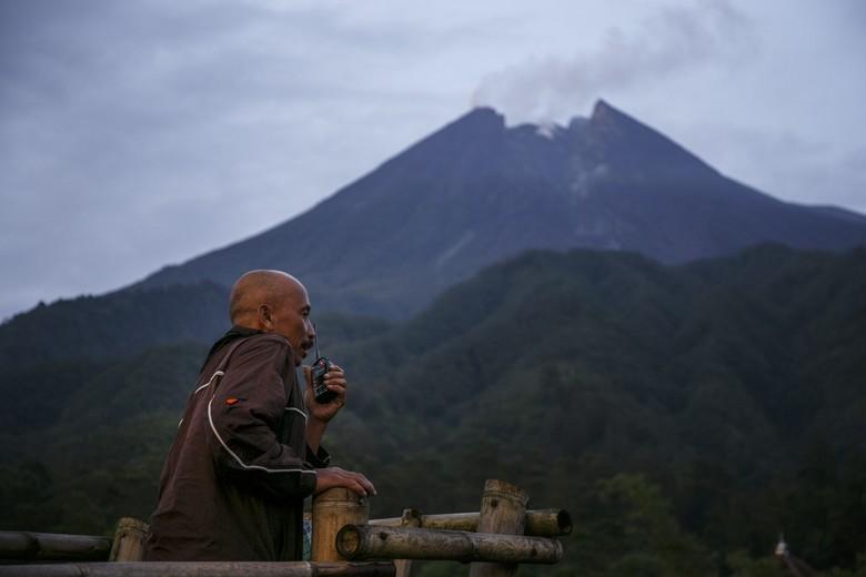 5 Fakta Gunung Merapi yang Kembali Keluarkan Awan Panas