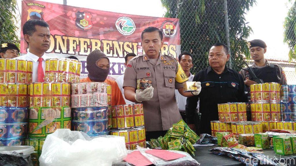 Pemalsu Berbagai Produk Jamu Herbal Ditangkap Polisi di Kebumen