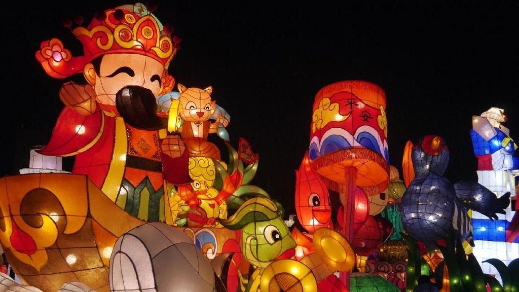Foto: Cantiknya Festival Lampion di Taiwan